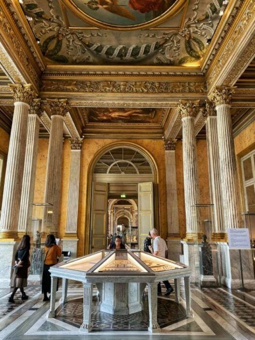 tickets to the Louvre