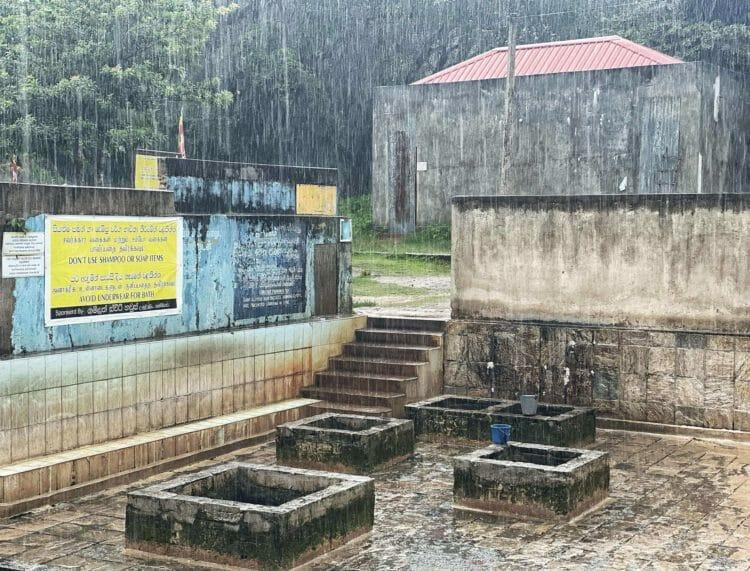 Kanniya Hot Springs Trincomalee