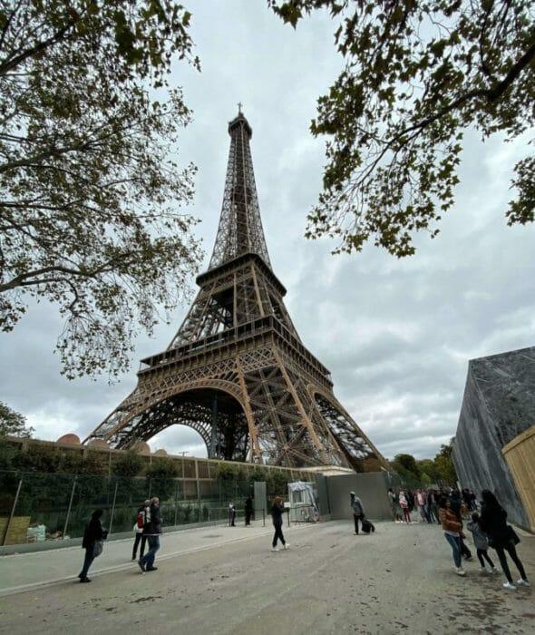 Paris scams