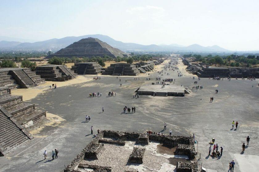 visiting Teotihuacan
