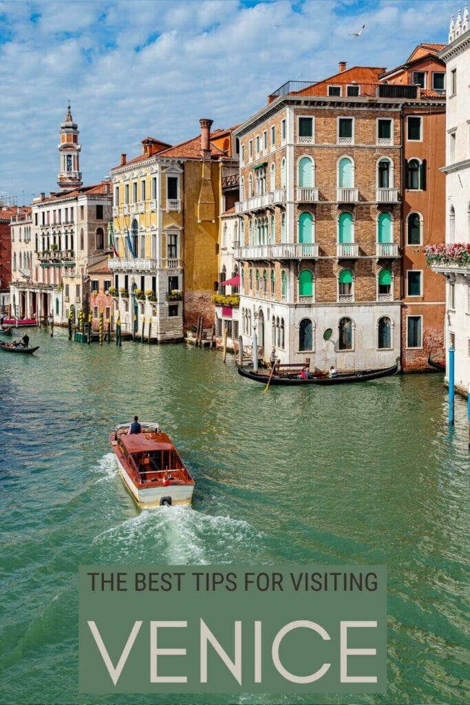 Check out the best Venice travel tips - via @clautavani